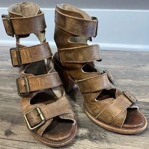 Buckle Freebird by Steven Sandals